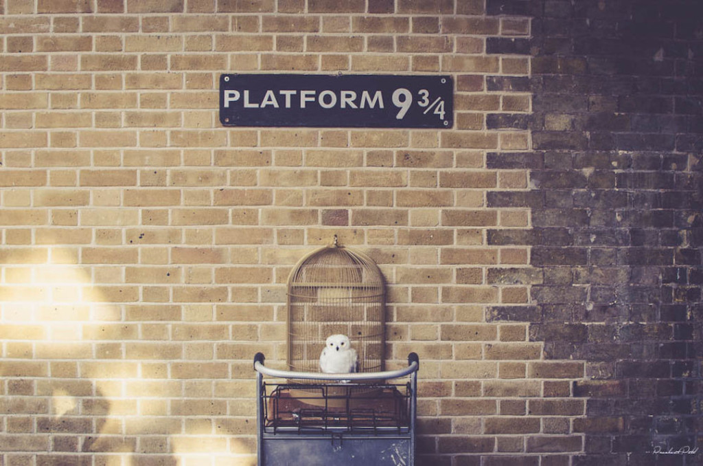 Platform-9-and-3-quarters-Kings-Cross-London-Harry-Potter