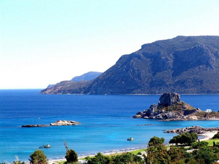 Best Hidden Beaches in Greece for Families