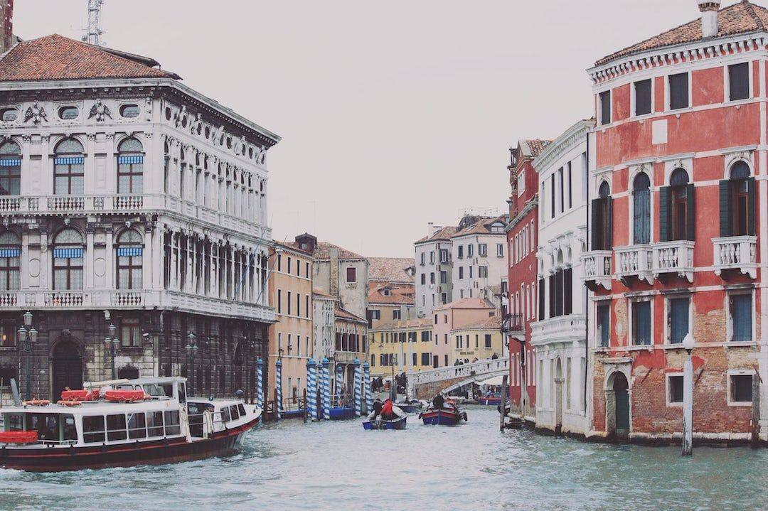 The Perfect Italy Packing List for Fall