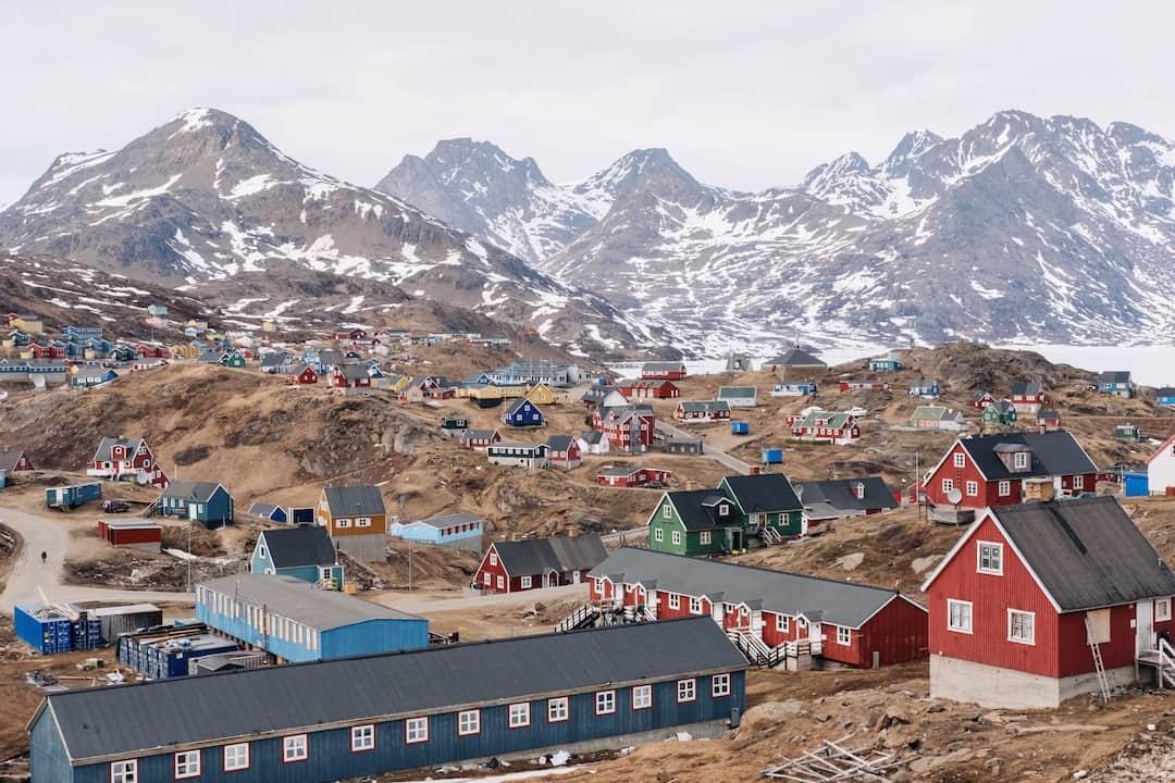 IcelandVs Greenland