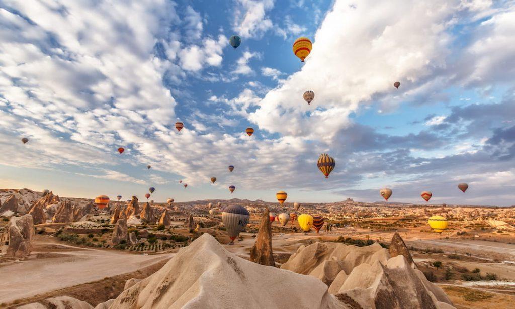 Hundreds of hot air balloons in Cappadocia