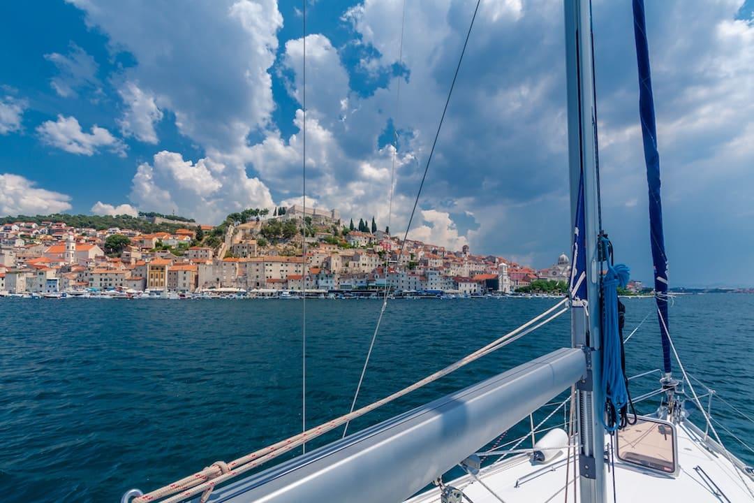 Sailing in Greece Vs Sailing in Croatia: Take Your Pick