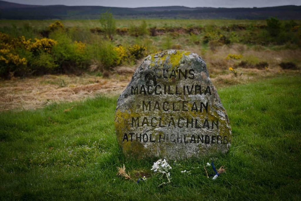 A very old grave listing several names on Culloden Moor