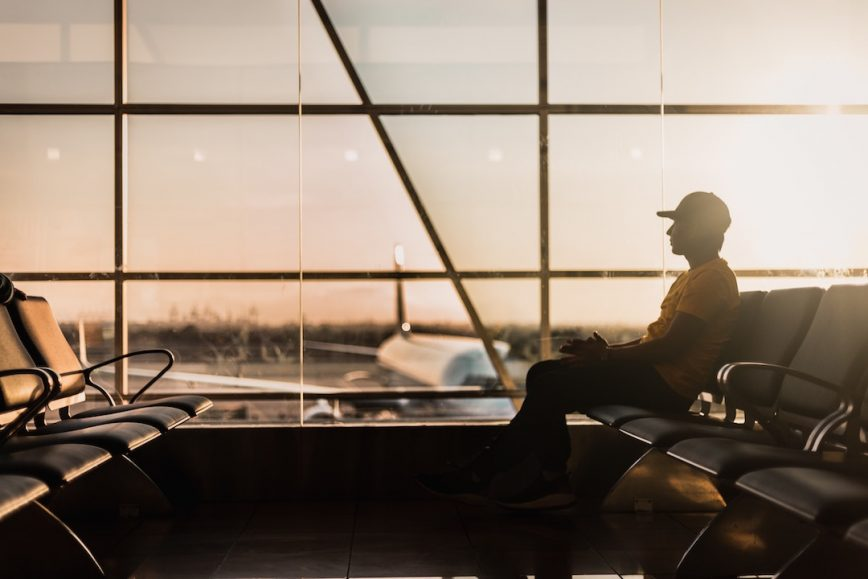 Flying With a Hangover: 5 Steps to Overcome