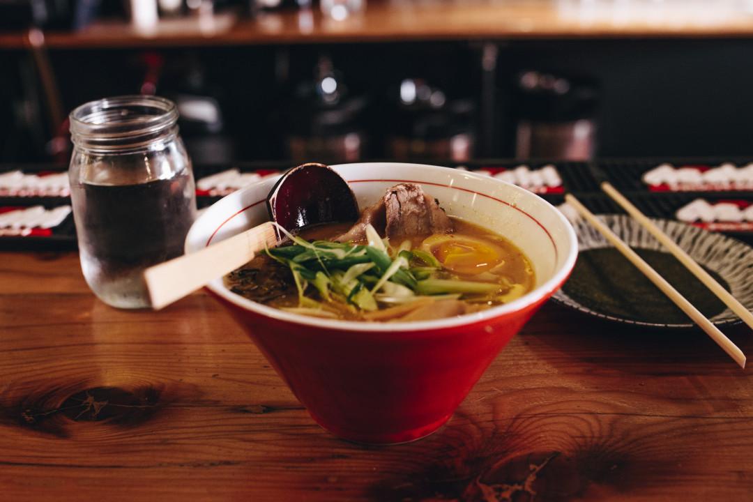 pho-soup-Vietnam-beef-noodles